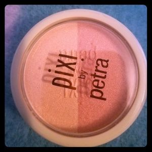 Pixi by Petra Beauty Blush Duo ' Peach Honey ' NEW